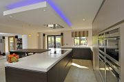 Siematic_S2_truffle-grey-matt_truffle-brown-pine_Hindle_Preston-1