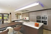 Siematic_S2_truffle-grey-matt_truffle-brown-pine_Hindle_Preston-4