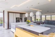 stunning contemporary kitchen