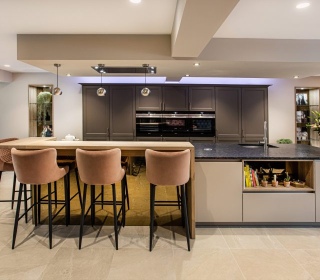 A Timeless Kitchen - Stuart Frazer - SieMatic